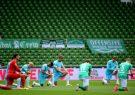 لیگ برتر انگلیس: زانو بزنید