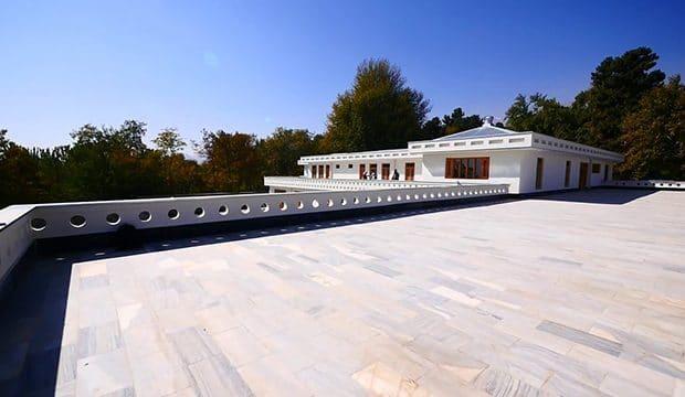 بازسازی هوتل «تخت استالف» پس از سه دهه ویرانی