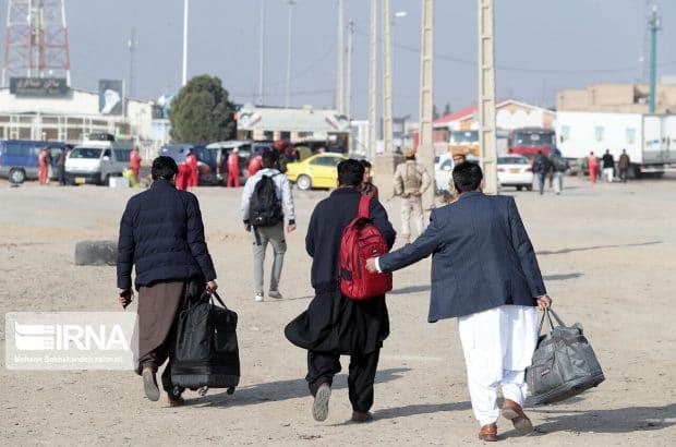صدها مهاجر افغانستان از ایران بازگردانده شدند