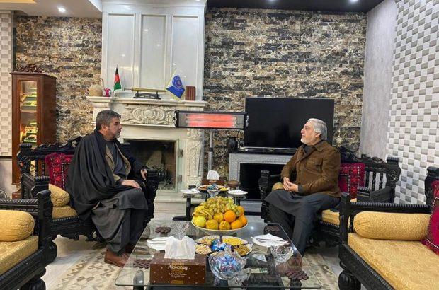 عبدالله عبدالله به دیدار رییس پیشین امنیت ملی کشور رفت