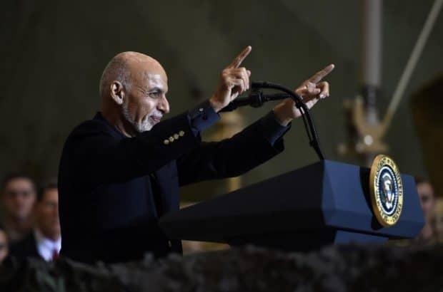 در جریان اختلافات کابل و اسلام آباد، نخست وزیر پاکستان تماس تلفنی خود را با غنی رئیس جمهور افغانستان لغو کرد