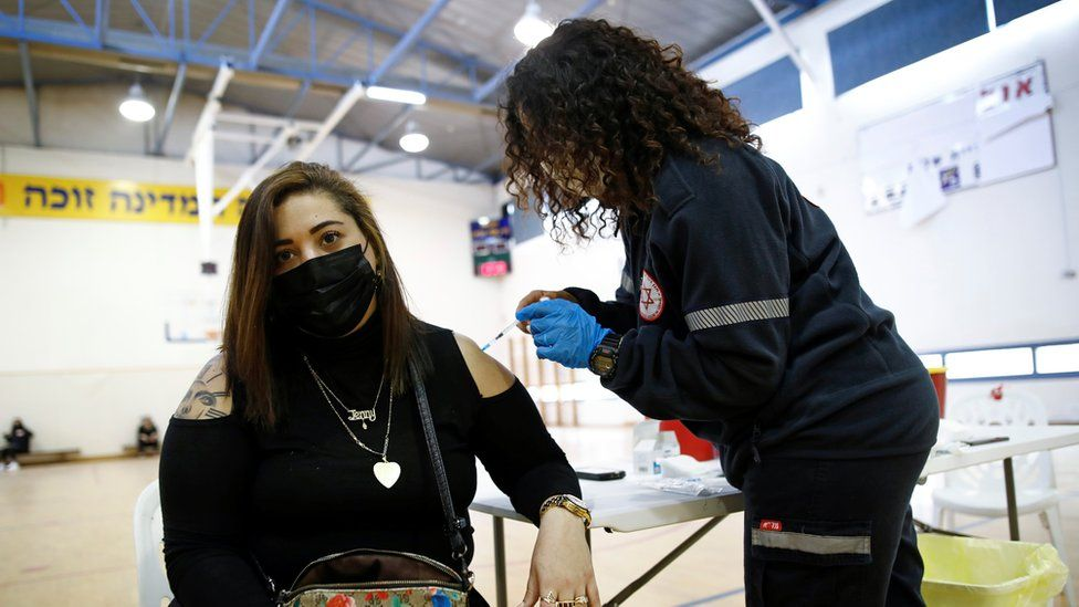 کاهش ۹۵ درصدی ابتلا پس از واکسن/ بازگشت به کنسرت و ورزشگاه