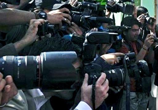 """""""ژورنالیست های افغان با جنگ اعلام نشده علیه رسانه روبرو هستند"""